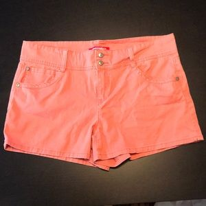 Coral Pink Unionbay Shorts, Size 17, Good Cond.